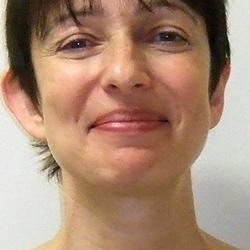Dr Doris  Albinsky