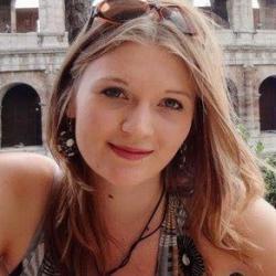 Ms Laura  Bentley