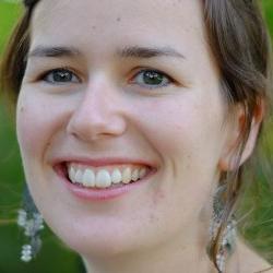 Dr Angie  Burnett
