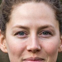 Dr Alexandra  Dallaire