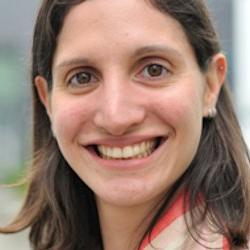 Dr Cristina  Sales