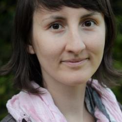 Dr Anna  Szyniszewska